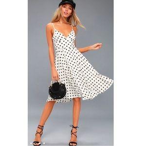 Lulus Favorite Spot White Polka Dot Midi Dress XS